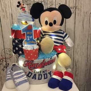 Large Mickey Mouse 1st Birthday Diapers cake (Box size : 34x34x37cm) Can also customise for full month baby