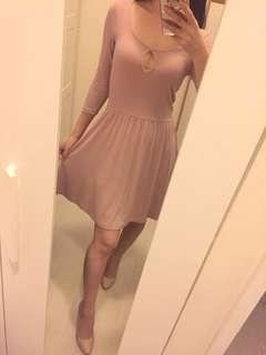 Forever 21 sexy comfy nude one piece size s 裸粉色性感舒適連身裙