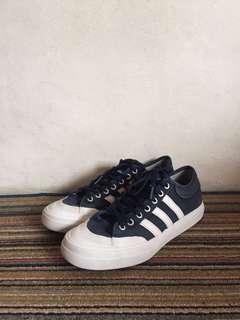 Adidas Macthcourt - Navy