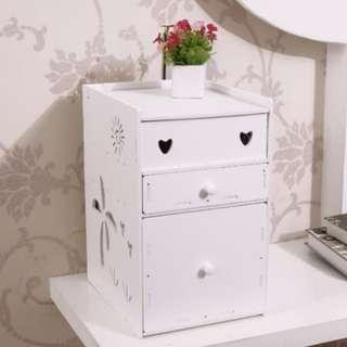 Decorative Storage Cosmetic / Rak vintage Kosmetik DOMESTIC