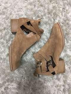 Jeffrey Campbell suede shoes 37