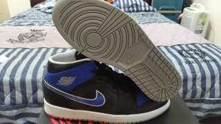 🚚 AIR JORDAN 1 MID 籃球鞋 大腳 US 12