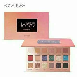 "Focallure 18 Shade Eyeshadow Palette ""Sweet As Honey"" Collection Import"