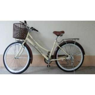lady bike bicycle with gears bell basket rear rack Excellent condition No repairs needed