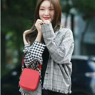 """(PO) Chungha and EXID Jeonghwa """"im not frayed"""" long checkered sleeve top 