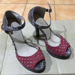 🚚 Miss sofi 魚口高跟鞋 36.5