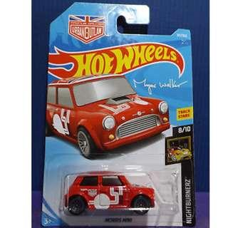 Hotwheels 2018 Nightburnerz Morris Mini Magnus Walker Urban Outlaw Rare
