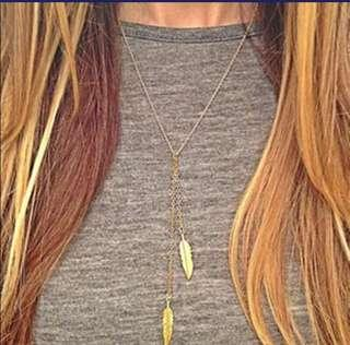 Two Feathers Pendant Necklace, Free Postags