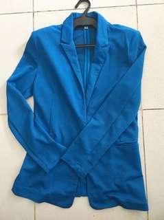 Blue textured casual blazer