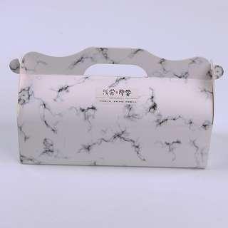 Marble cake box
