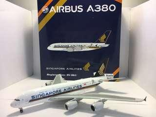 Phoenix  models 1:400 Singapore airlines Airbus A380 (limited edition)