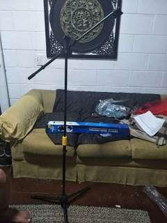 Trident Microphone Stands