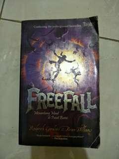 Seri Tunnels 3 : Freefall - Roderick Gordon & Brian Williams