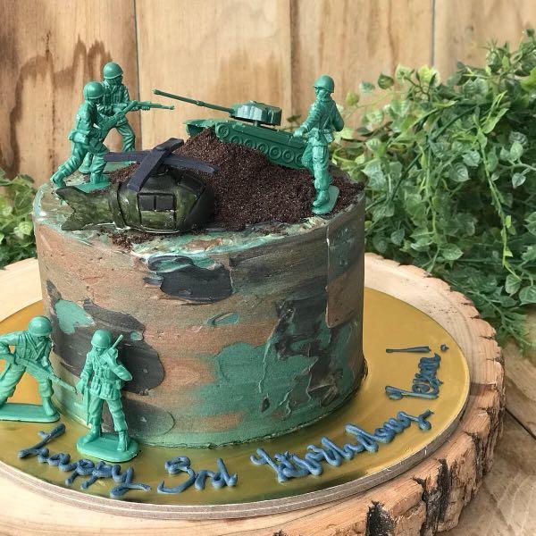 Superb Army Cake Camo Cake Mens Birthday Cake Customised Cakes Free Funny Birthday Cards Online Elaedamsfinfo
