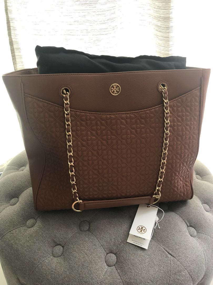 76fe4b59af5 Authentic Tory Burch Bryant E W Tote Bag