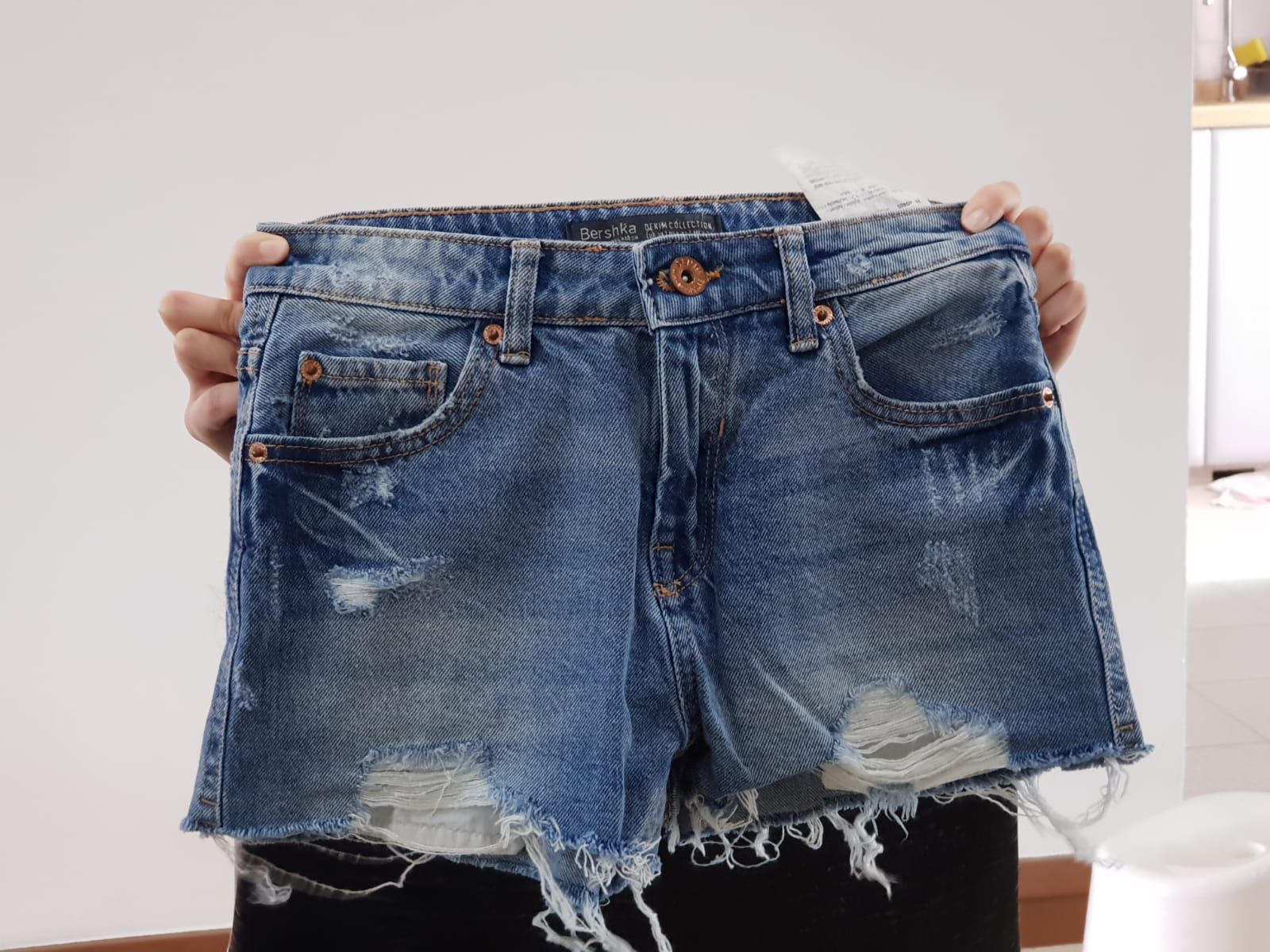 67da83c1b310b Bershka Denim shorts, Women's Fashion, Clothes, Pants, Jeans ...
