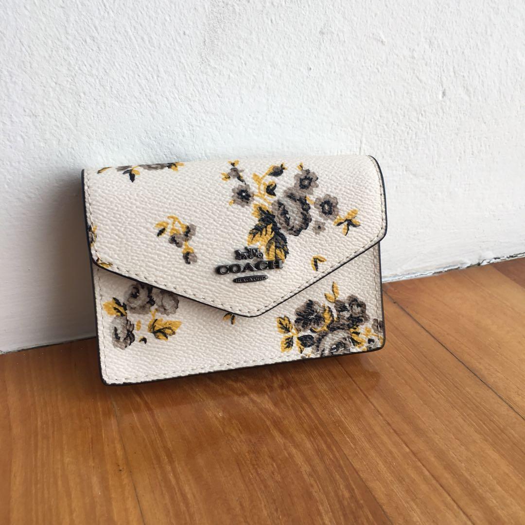 97a3f6b32c7e COACH F59746 Envelope Card Case Coin Wallet with Floral Prairie ...