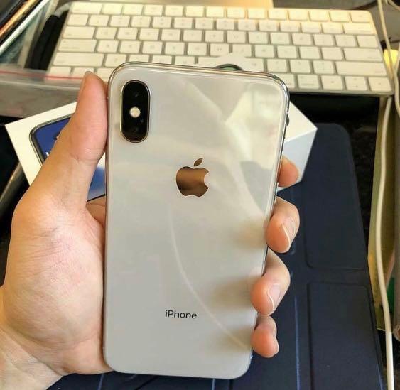 iPhone X 64 GB silver garansi iBox februari 2019 f3aa917c4d
