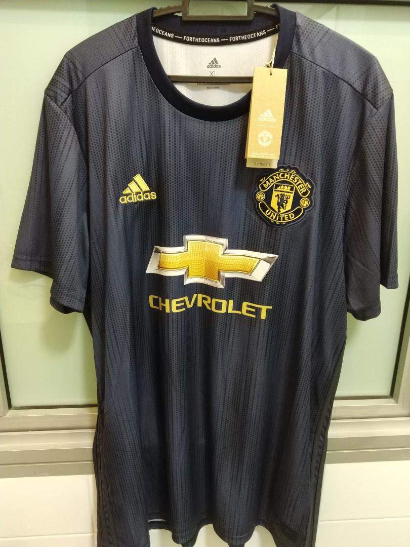 quality design ff4d4 b5960 Manchester United 18/19 3rd kit XL size, Sports, Sports ...