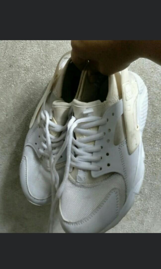 9859cb8d11ae6 Nike Air Huarache