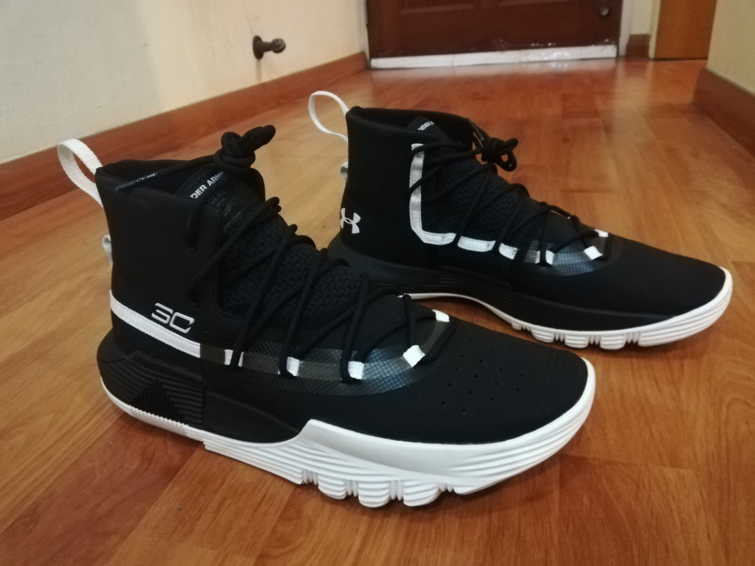 reputable site a6b3f 08c2f Under Armour Stephen Curry 3 Zero 2, Men s Fashion, Footwear, Sneakers on  Carousell