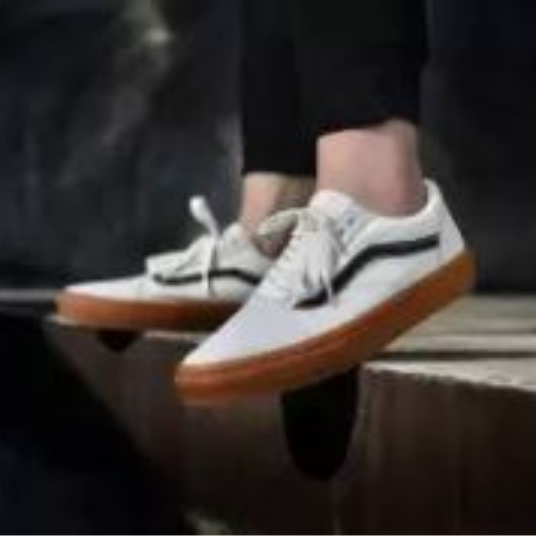 f6a02ce5dabe Vans Unisex Old Skool Offwhite Brown Skate shoes
