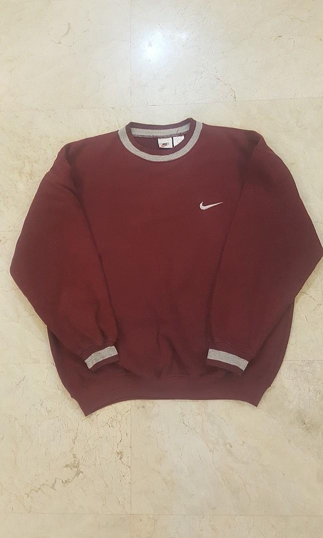 f1cec6d765 Vintage Nike Sweatshirt