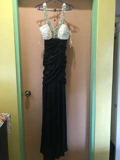 Long gown (mermaid type)