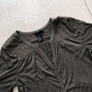 🆕💯H&M 3/4 Shirt
