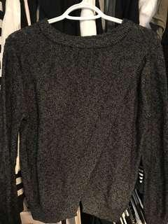 Cross Back Roots Sweater - size m
