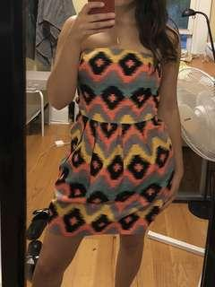 Colourful patterned strapless dress