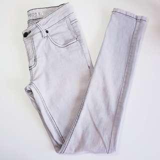 COTTON ON - Size S - Light Grey Baxter Spray On Skinny Jeans