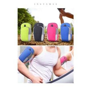 🚚 *INSTOCK* Jogging Arm pouch