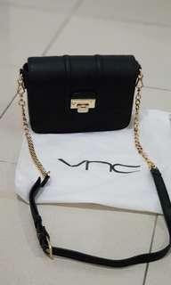 Preloved VNC sling bag