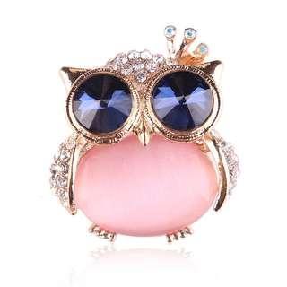 Owl Brooch in Pink