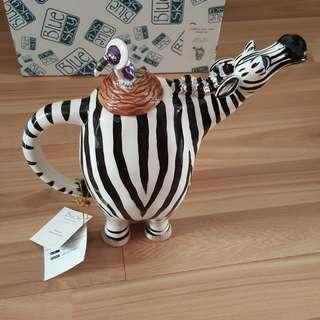 "🚚 Reduced price: New in box: From Blue Sky gallery, from the ""strange zoo collection"" a very cute Zebra teapot, by Jameson & Tailor"