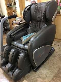 Ogawa massage chair