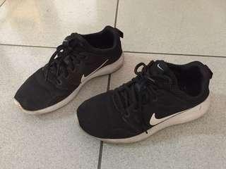🚚 Nike 鞋子 保證正版 24.5