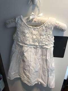 女童連衣裙(6-12 m)