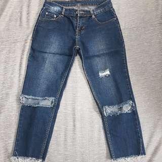 Dark blue jeans 3/4 (SS DISCOUNT 15.000)