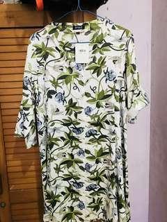 Esprise leaf dress