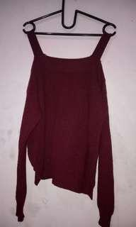 Sweater rajut seksi preloved