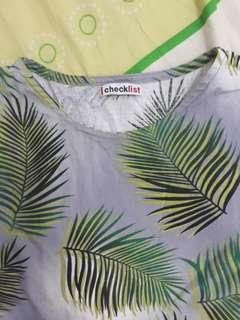Blouse brand checklist, size fit to XL. Bahan tebel.