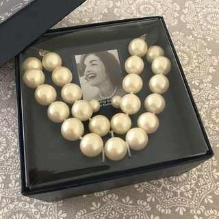 Carolee Pearl Necklace / Choker & Earrings