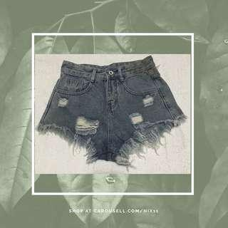 Highwaist Maong Shorts