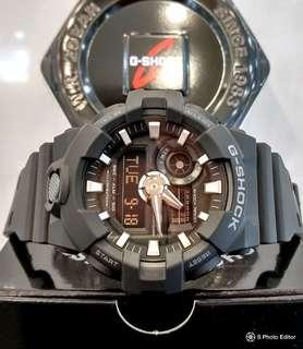 * FREE DELIVERY * Brand New 100% Authentic Casio GShock Stealth Black & White LED Back Light Mens Casual Watch GA-700-1BDR GA700