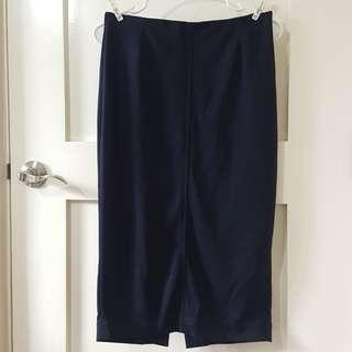 UNIQLO Long Pencil Skirt in Navy Blue