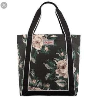 🚚 Cath Kidston Reverse Coated Tote Devonshire Rose Charcoal