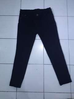 Jeans hitam free ongkir