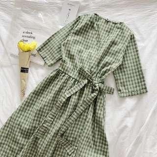 🚚 格紋簡約洋裝 綠色 綁繩
